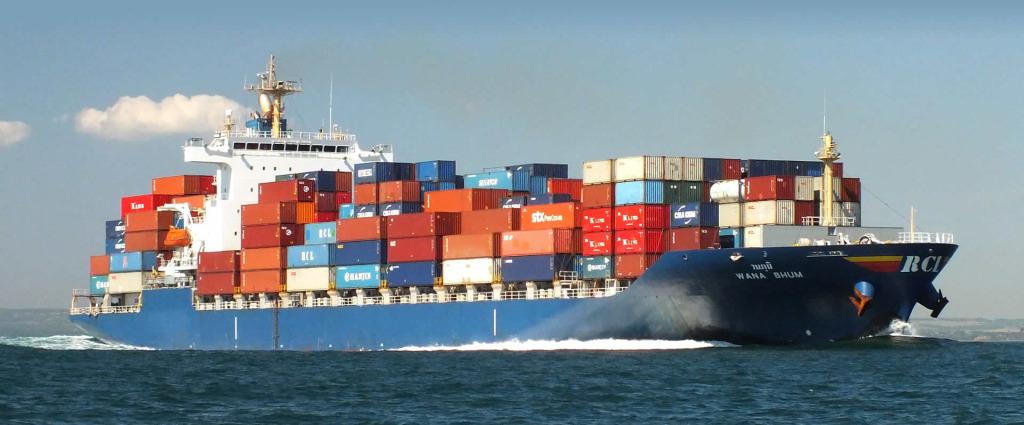 container-ship-bg